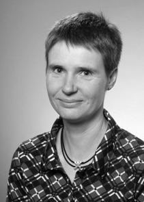 Carola Auer